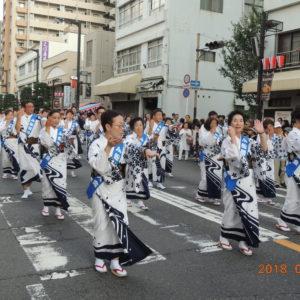 船橋市市民まつりの民踊パレードに参加しました。